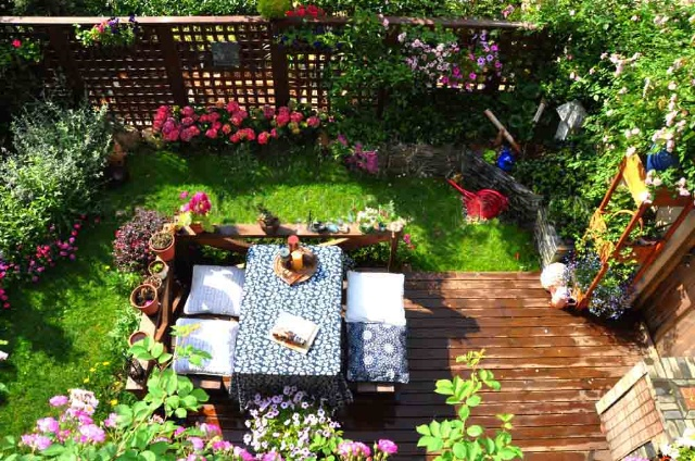 小别墅植物围栏