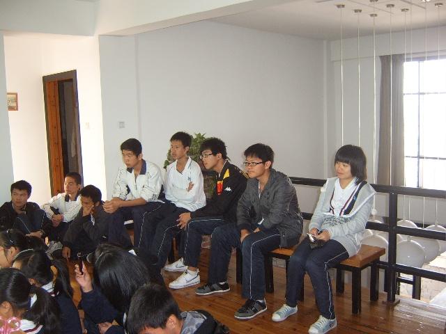 石光华侨联合中学高中部学生再次参观和风书塾