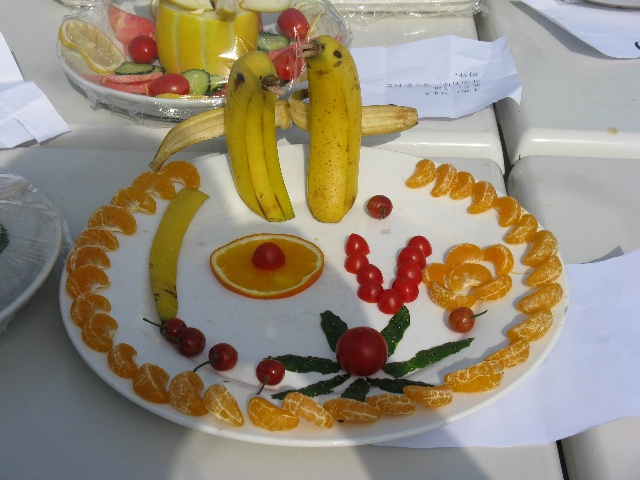 做水果拼盘